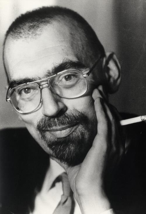 dan turèll Af dorthe chakravarty 15 oktober 1969 tog dan turèll en beslutning han ville være professionel forfatter, og ikke henslæbe sit liv med fast arbejde på kontoret.